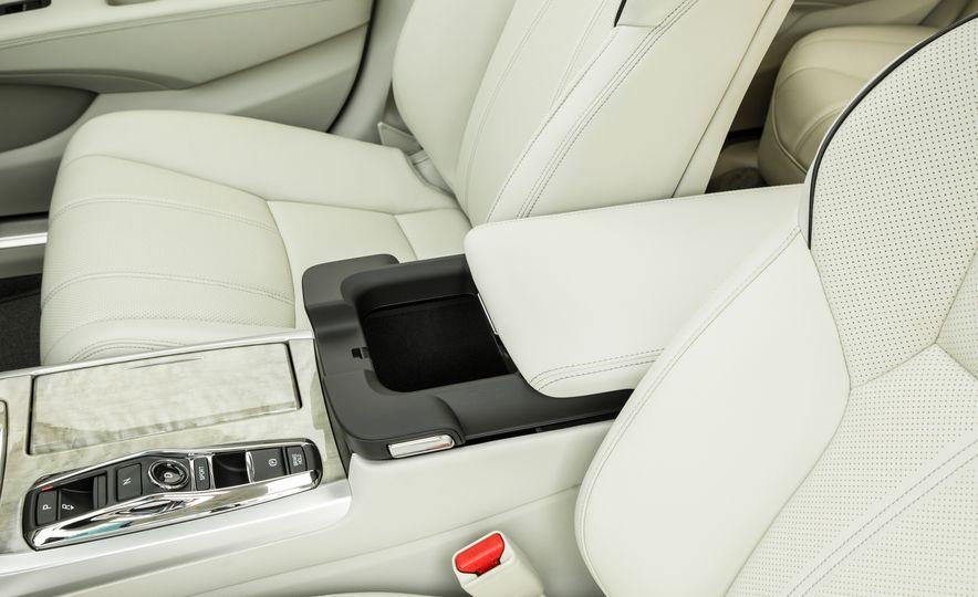 2018 Acura RLX Sport SH-AWD hybrid - Slide 58