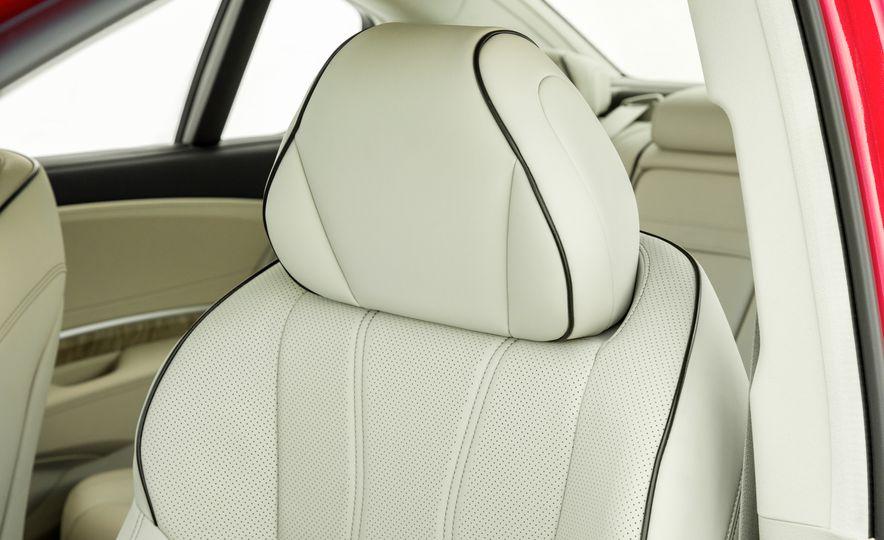2018 Acura RLX Sport SH-AWD hybrid - Slide 64