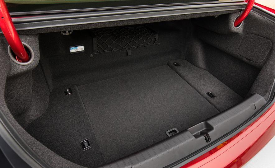 2018 Acura RLX Sport SH-AWD hybrid - Slide 68