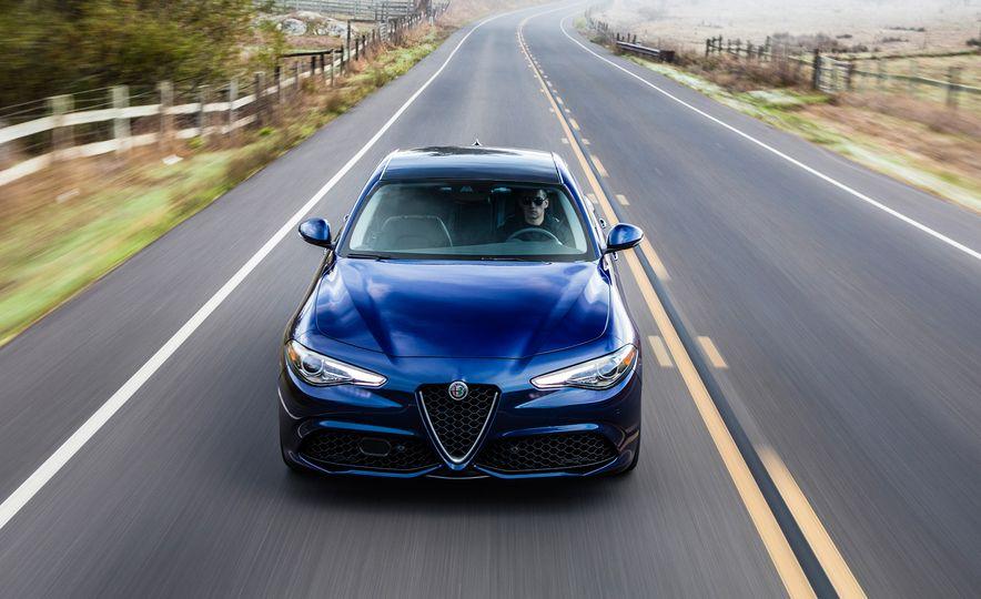 2018 10Best Cars - Slide 7