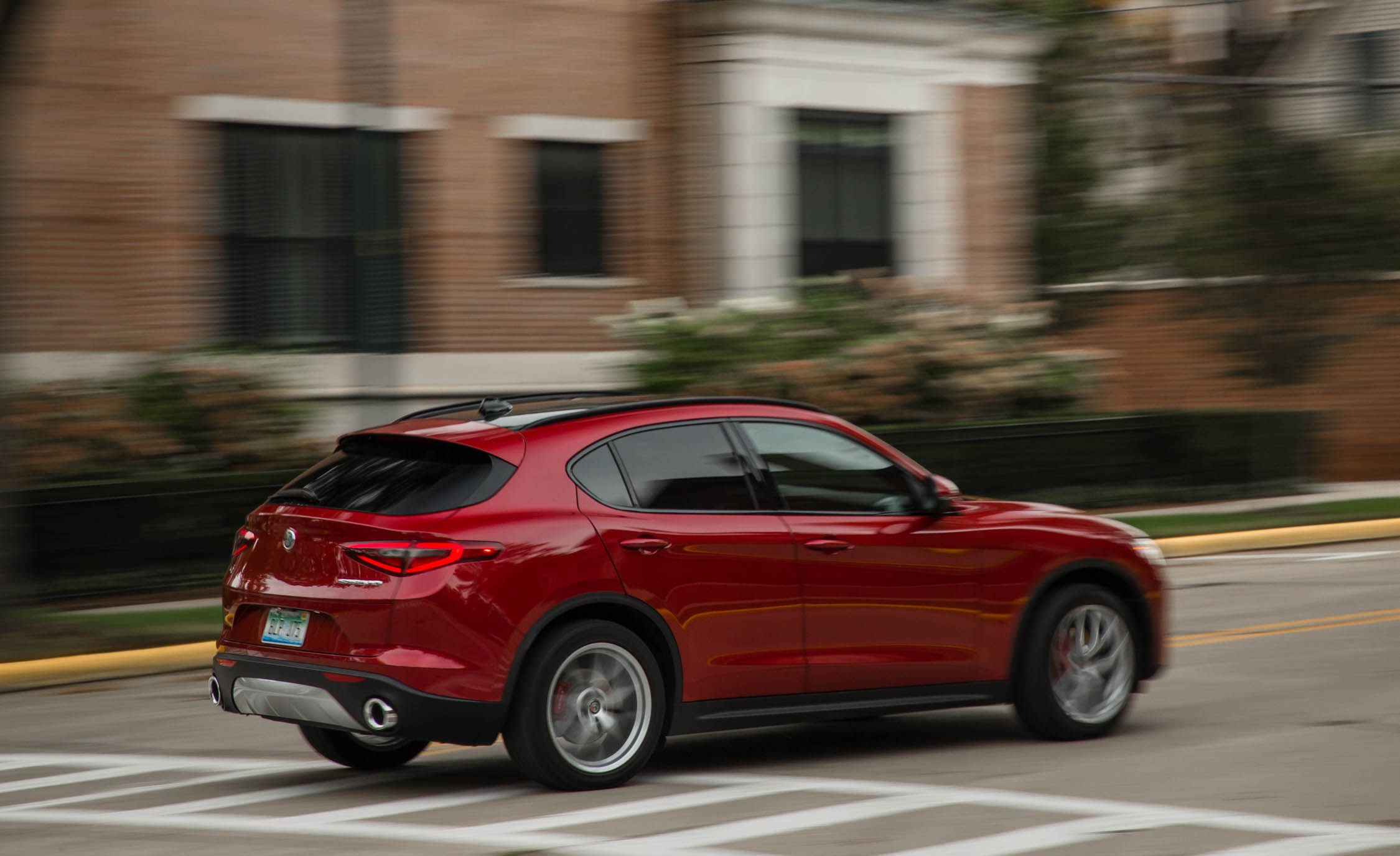 2019 Alfa Romeo Stelvio Reviews Alfa Romeo Stelvio Price Photos