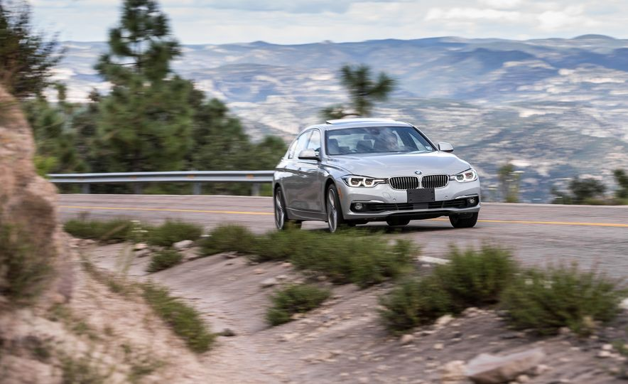 2018 BMW 3-series - Slide 93