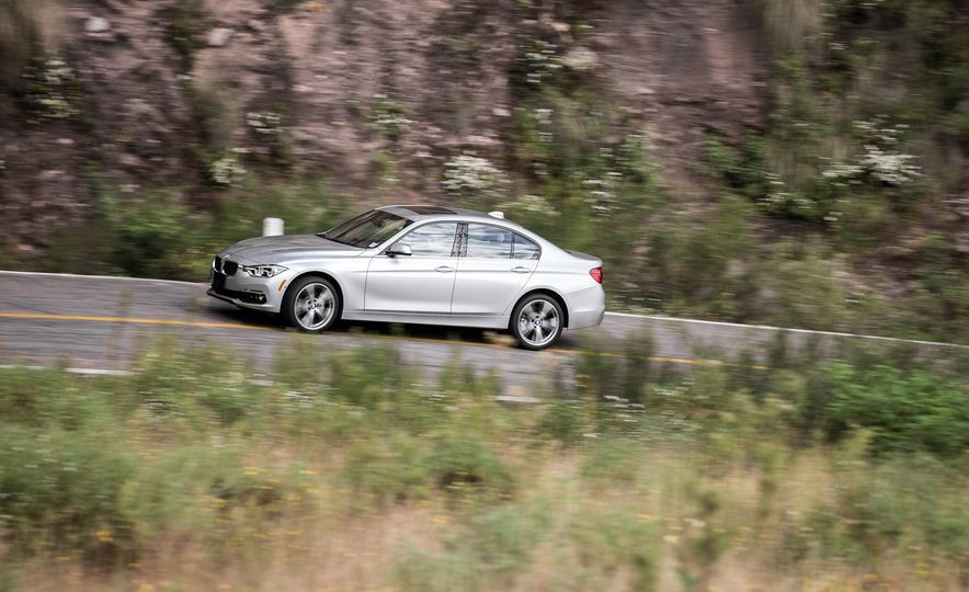 2018 BMW 3-series - Slide 97