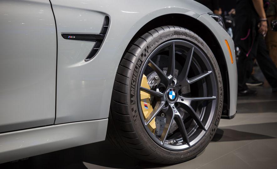 2018 BMW M3 CS - Slide 7