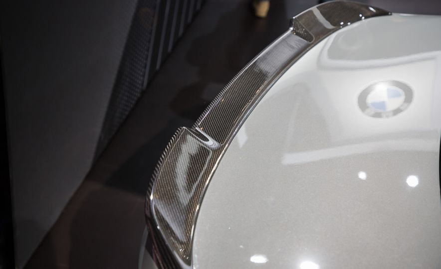 2018 BMW M3 CS - Slide 8