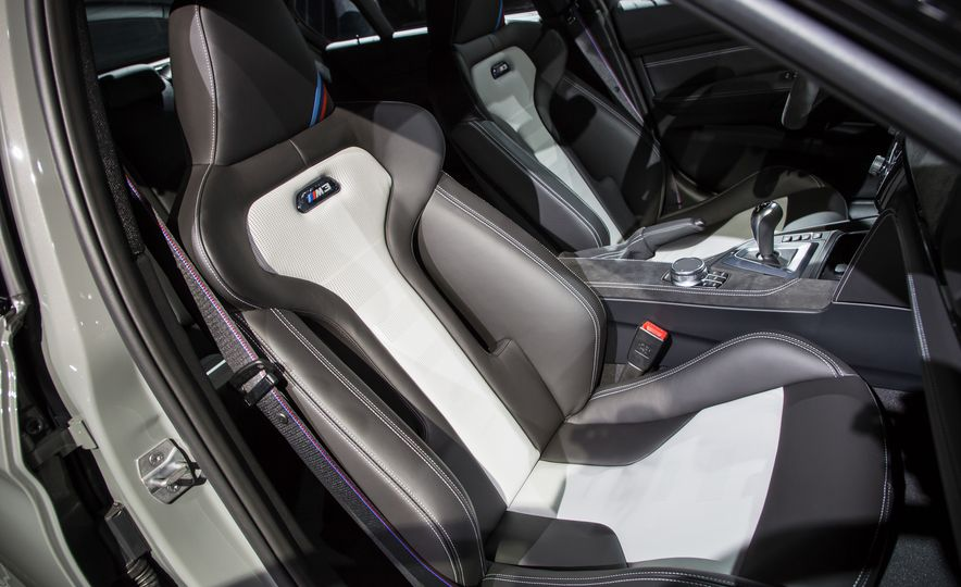 2018 BMW M3 CS - Slide 10