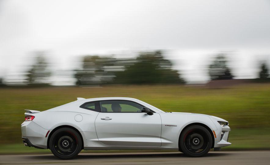 2018 10Best Cars - Slide 35
