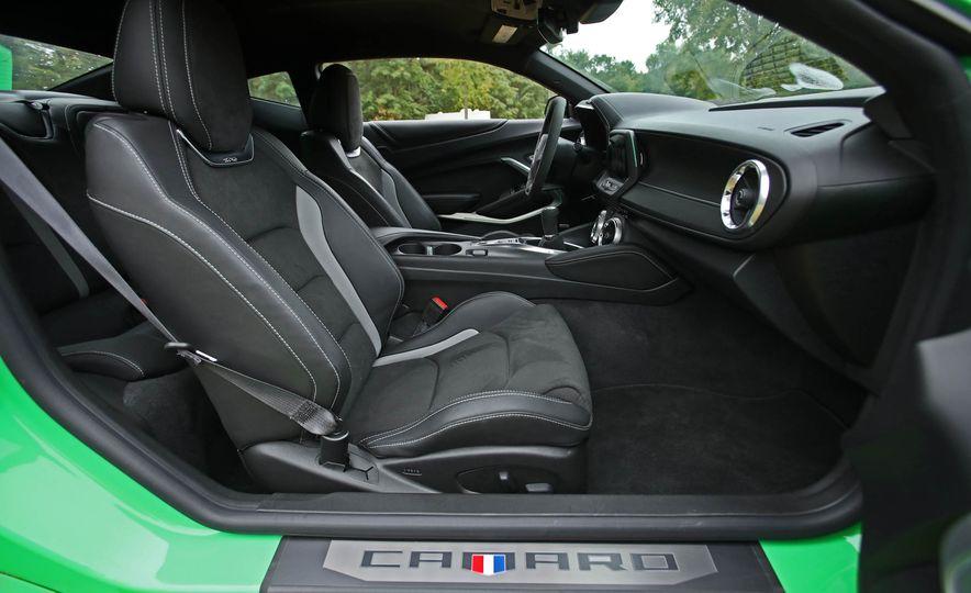 2017 Chevrolet Camaro V-6 1LE - Slide 34
