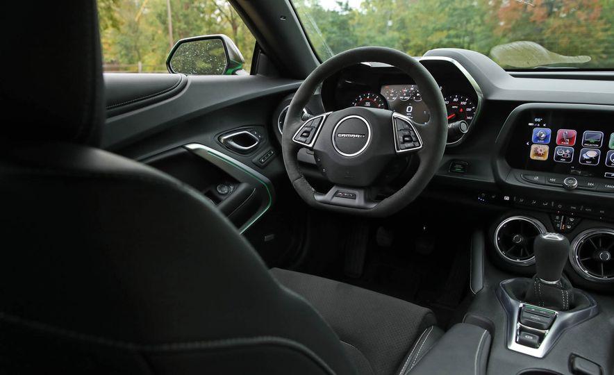 2017 Chevrolet Camaro V-6 1LE - Slide 36