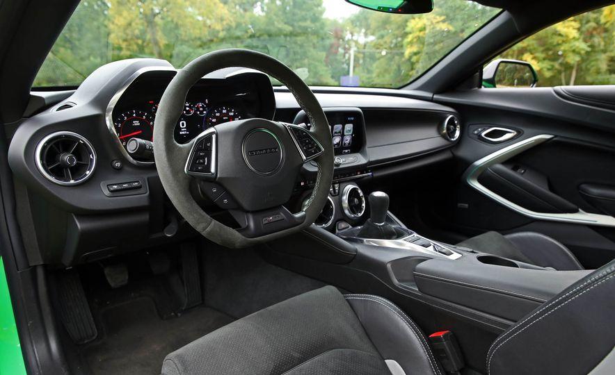 2017 Chevrolet Camaro V-6 1LE - Slide 38