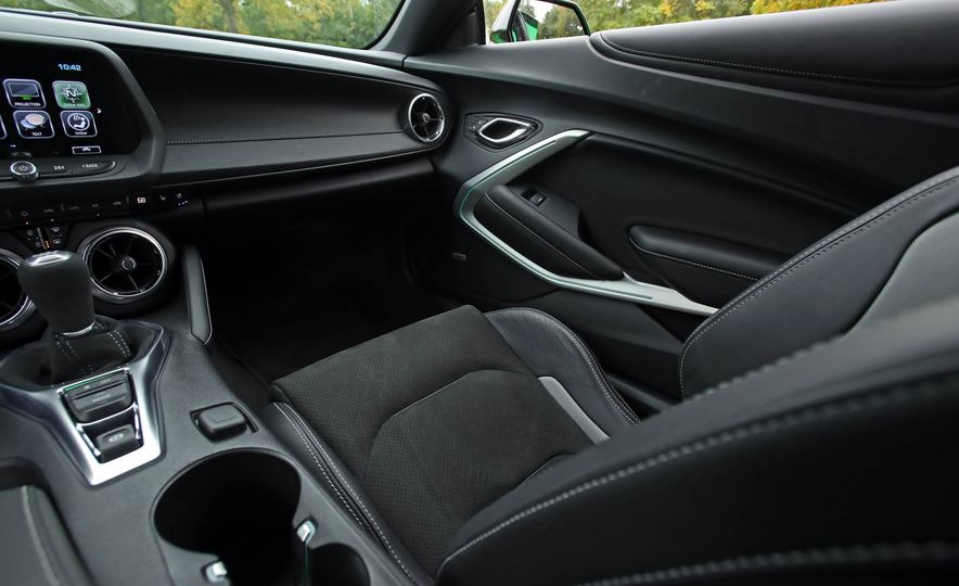 2017 Chevrolet Camaro V-6 1LE - Slide 52