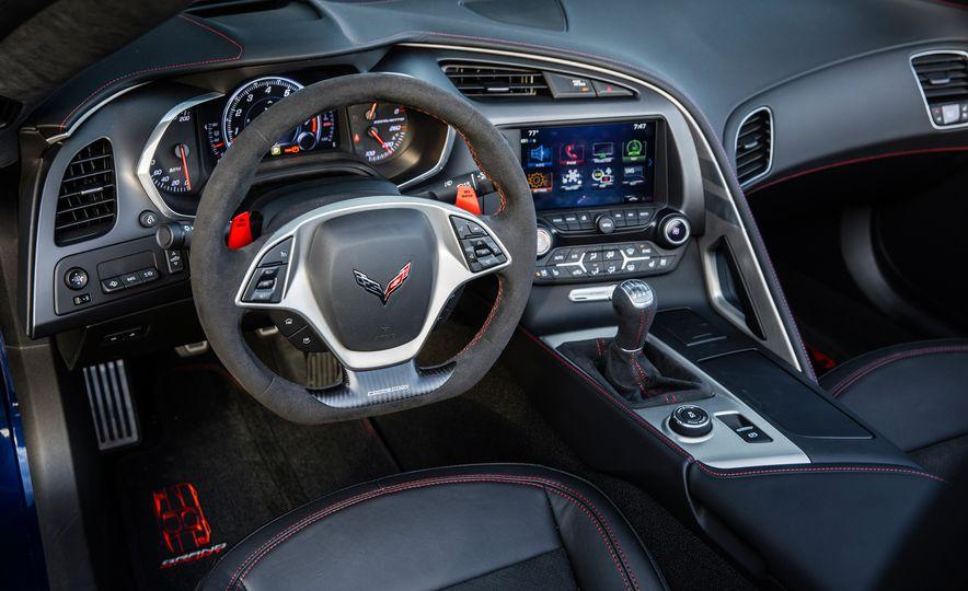 2018 10Best Cars - Slide 53