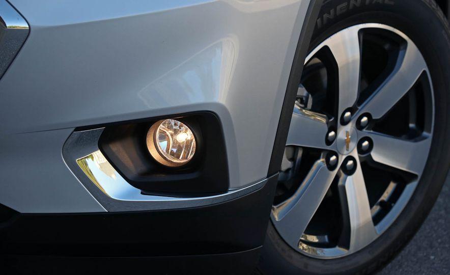 2018 Chevrolet Traverse V-6 FWD - Slide 15