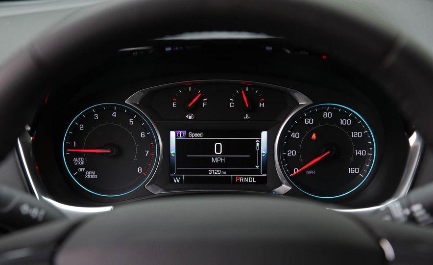 2018 Chevrolet Traverse V-6 FWD - Slide 29