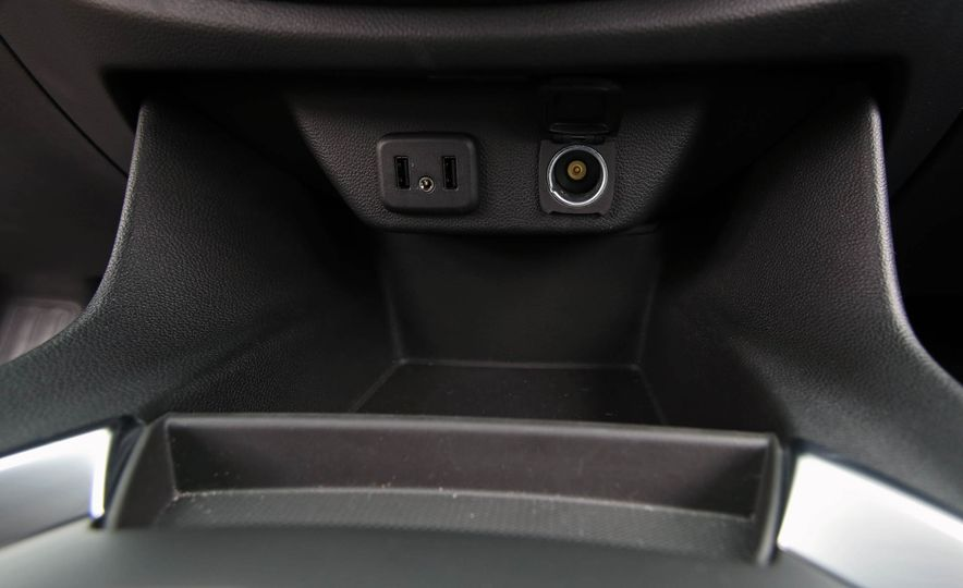 2018 Chevrolet Traverse V-6 FWD - Slide 36