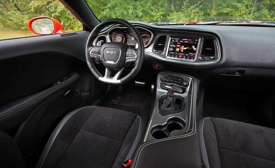 2018 Dodge Challenger SRT SRT Hellcat - Slide 41