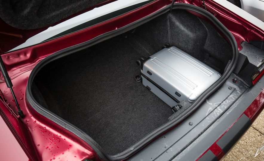 2018 Dodge Challenger SRT SRT Hellcat - Slide 126