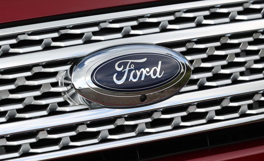 2018 Ford Expedition Platinum - Slide 30