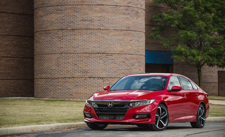 2018 Honda Accord Sport - Slide 13