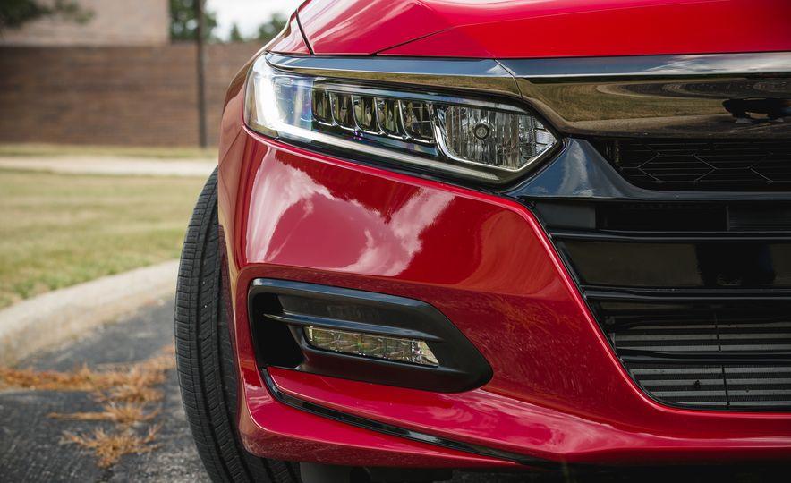 2018 Honda Accord Sport - Slide 20