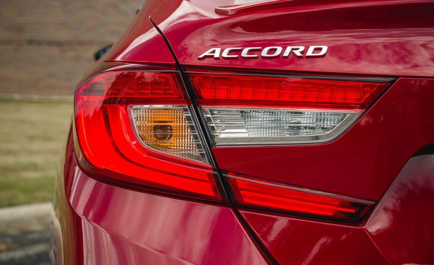 2018 Honda Accord Sport - Slide 26