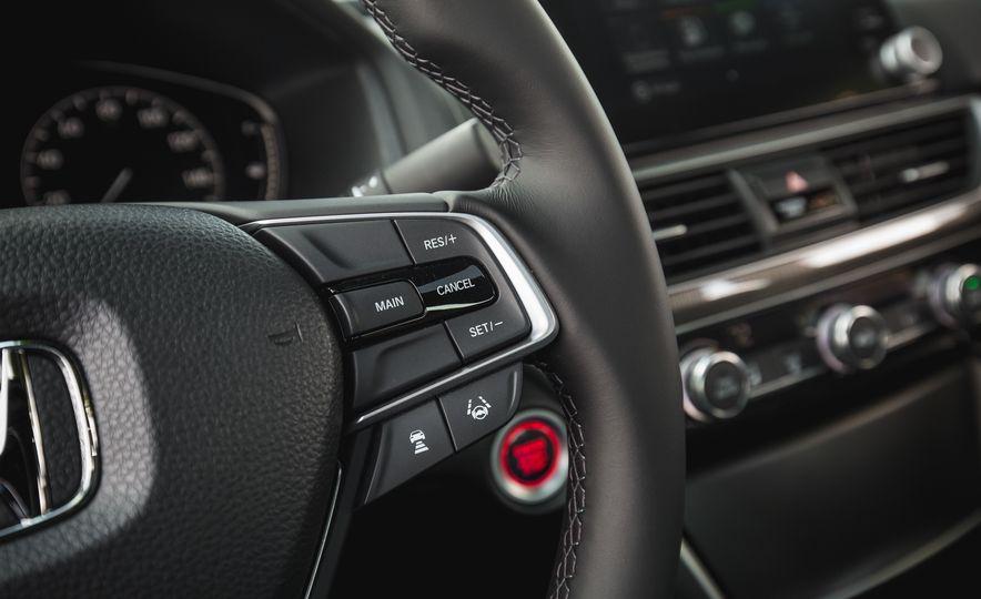 2018 Honda Accord Sport - Slide 40