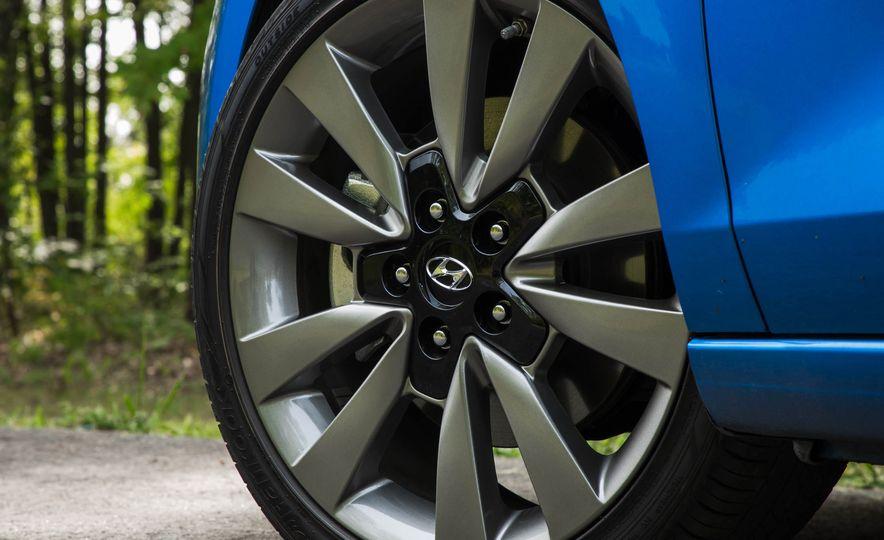 2018 Hyundai Elantra GT Sport - Slide 19