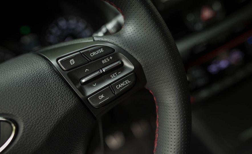 2018 Hyundai Elantra GT Sport - Slide 26