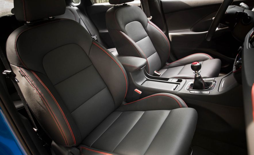 2018 Hyundai Elantra GT Sport - Slide 41