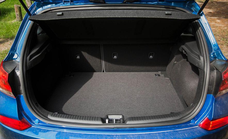 2018 Hyundai Elantra GT Sport - Slide 49