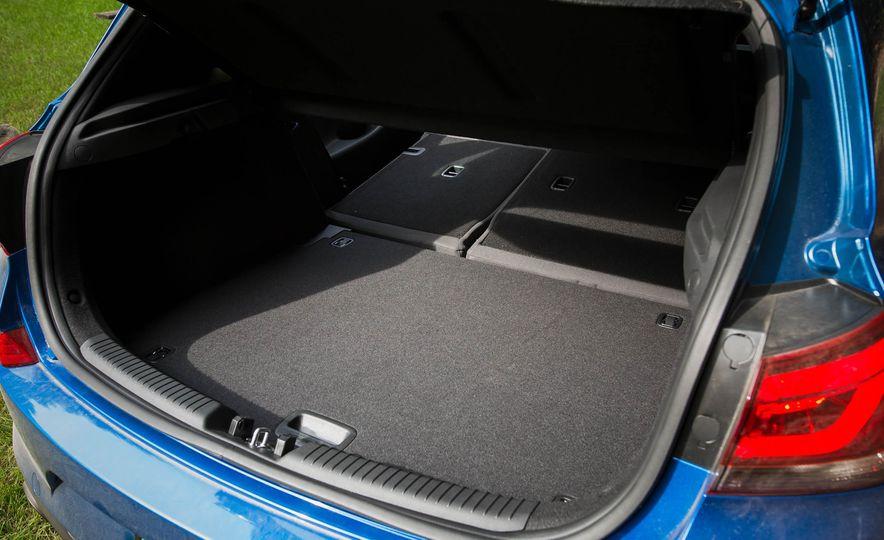2018 Hyundai Elantra GT Sport - Slide 52