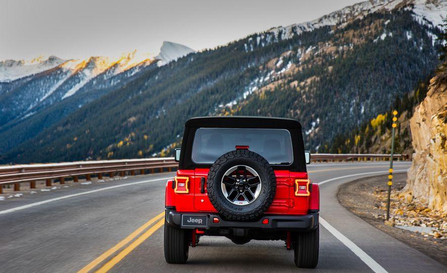 2018 Jeep Wrangler - Slide 28