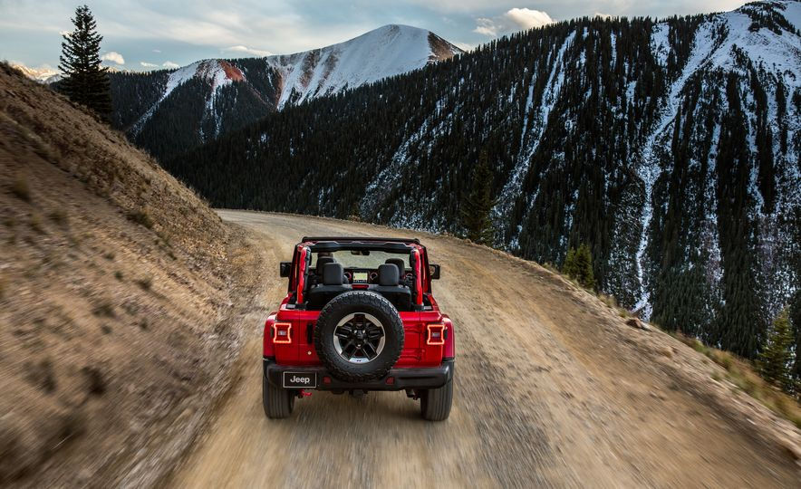 2018 Jeep Wrangler - Slide 38