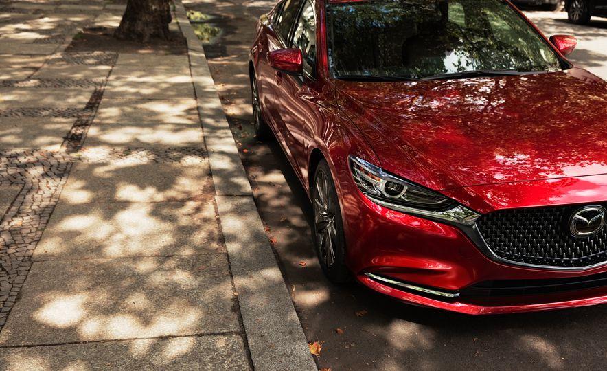 2018 Mazda 6 - Slide 10