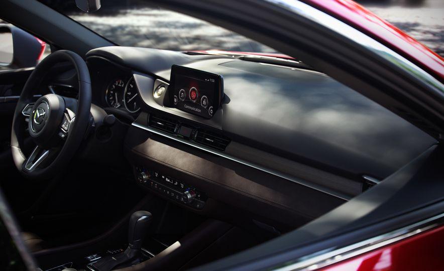 2018 Mazda 6 - Slide 12