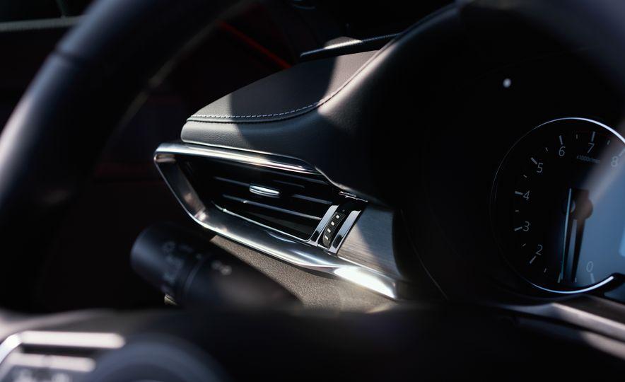 2018 Mazda 6 - Slide 16