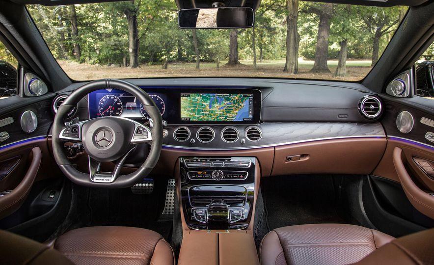 2018 10Best Cars - Slide 102