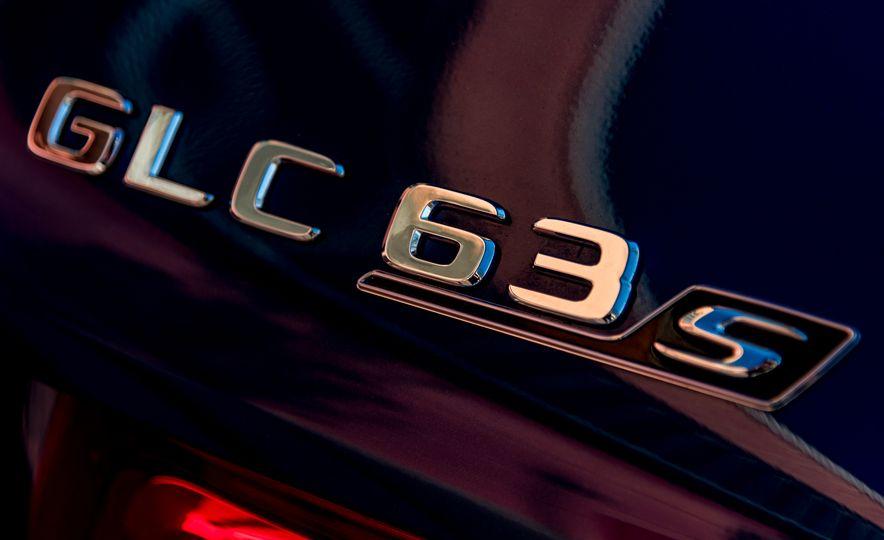 2018 Mercedes-AMG GLC63 S - Slide 38