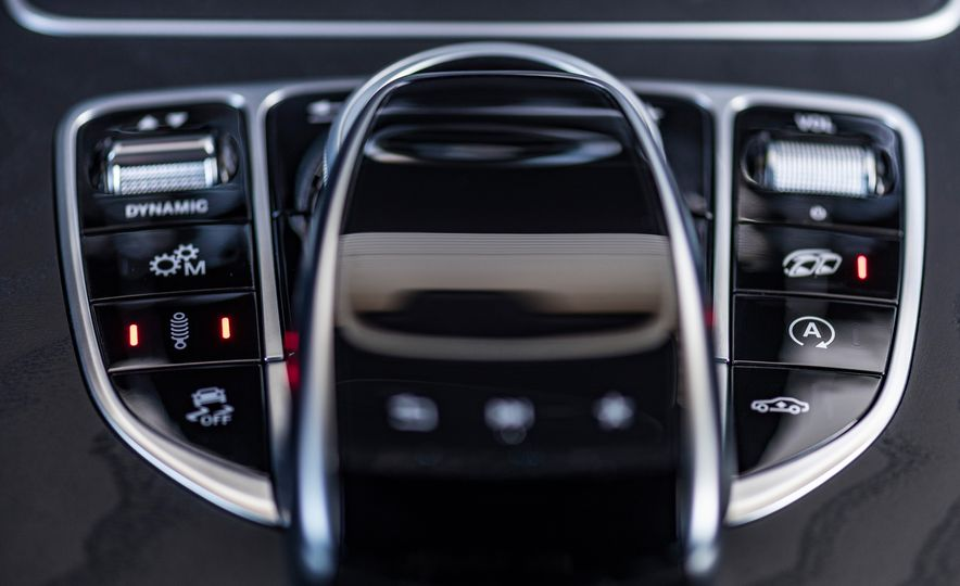 2018 Mercedes-AMG GLC63 S - Slide 54