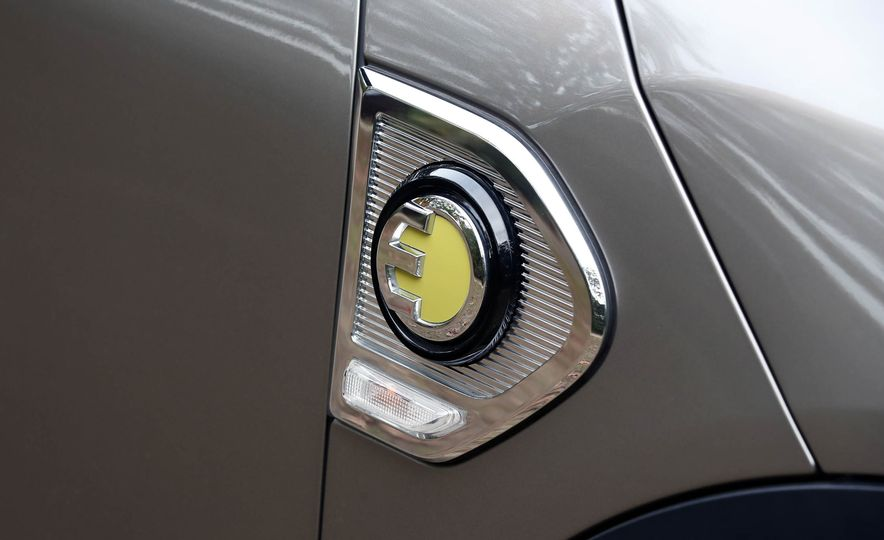 2018 Mini Cooper Countryman S E ALL4 Plug-In Hybrid - Slide 32