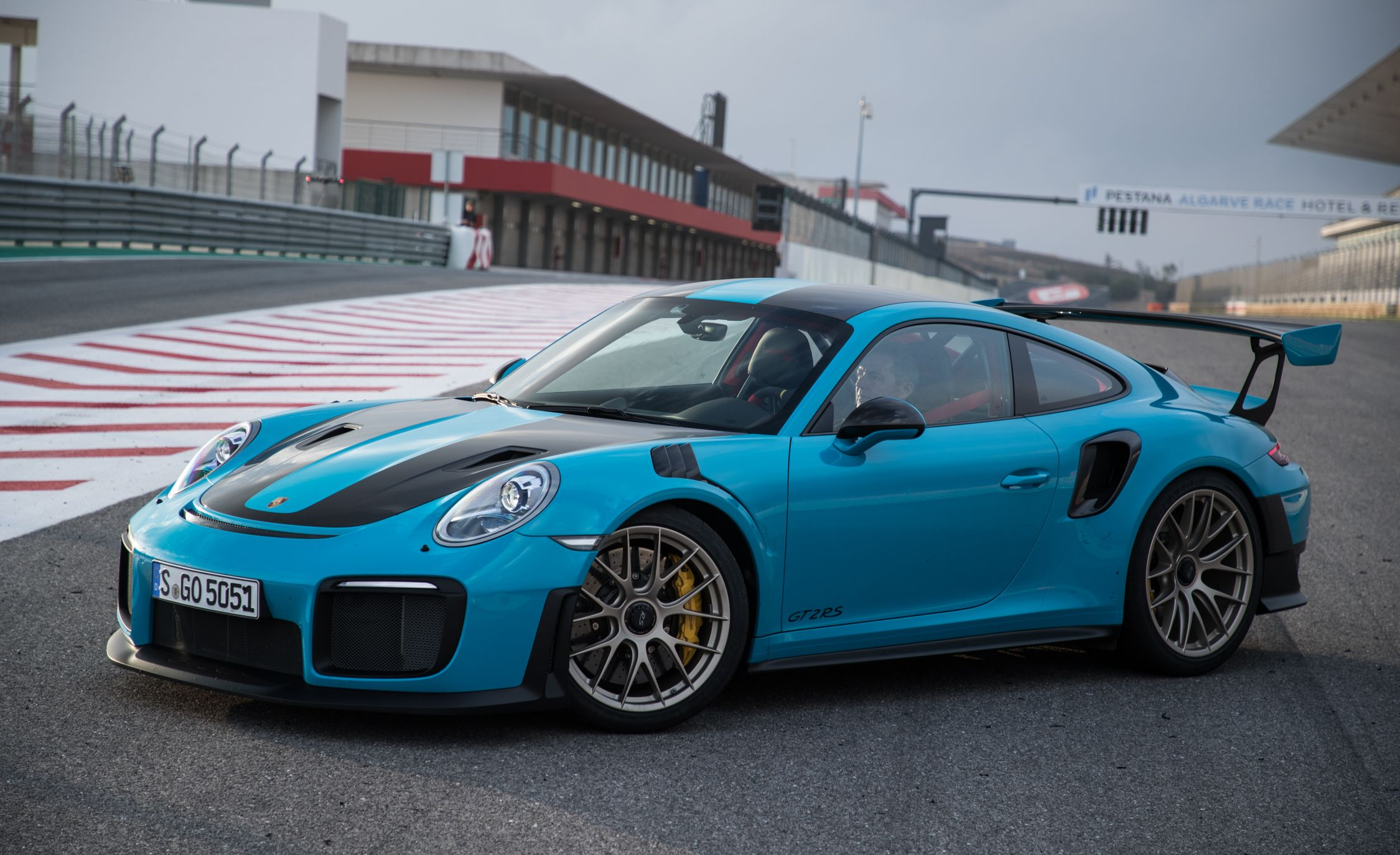 2019 Porsche 911 Gt2 Rs Reviews Price Photos And Specs Car Driver