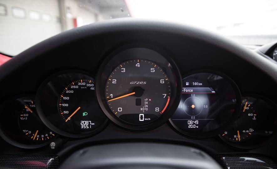 2018 Porsche 911 GT2 RS - Slide 39