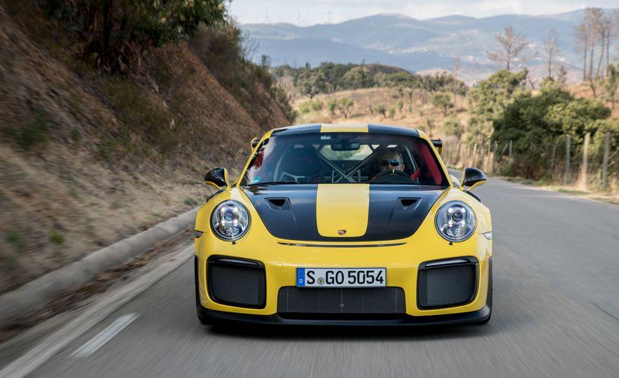 2018 Porsche 911 GT2 RS - Slide 49