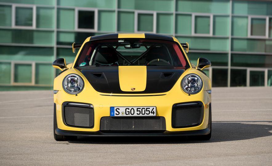 2018 Porsche 911 GT2 RS - Slide 51