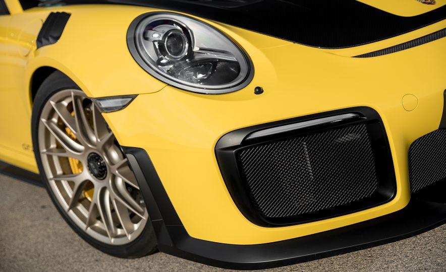 2018 Porsche 911 GT2 RS - Slide 55