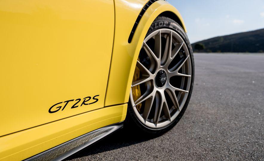2018 Porsche 911 GT2 RS - Slide 56