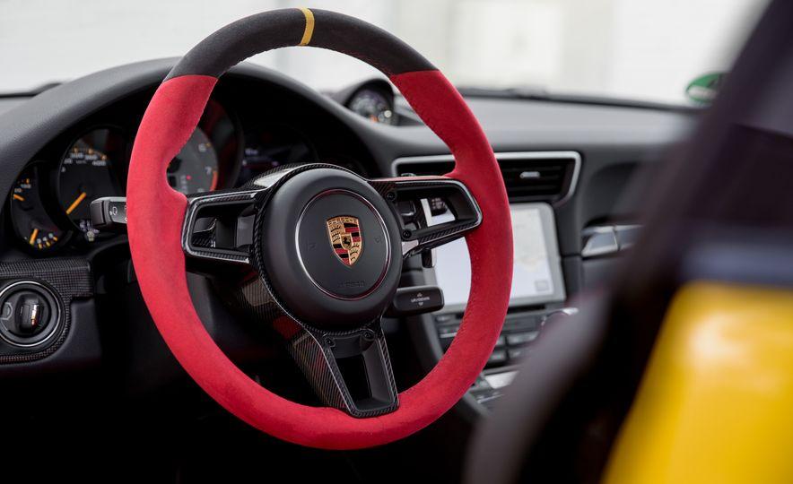 2018 Porsche 911 GT2 RS - Slide 63