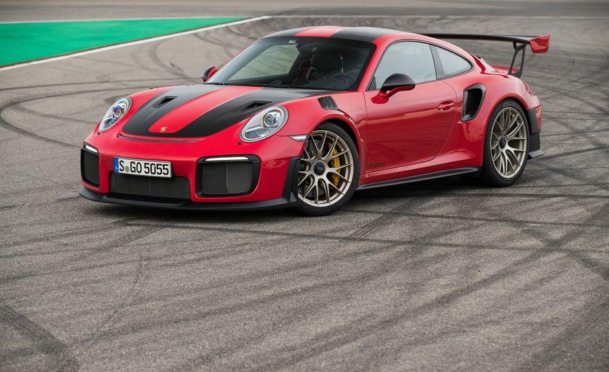 2018 Porsche 911 GT2 RS - Slide 69