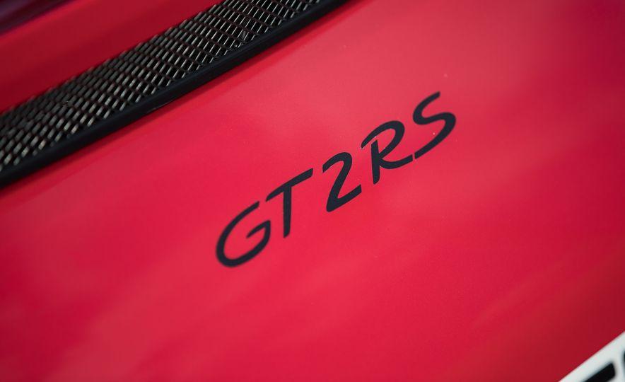 2018 Porsche 911 GT2 RS - Slide 74