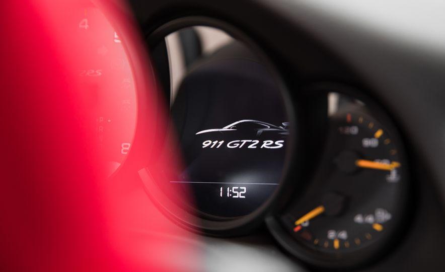 2018 Porsche 911 GT2 RS - Slide 77